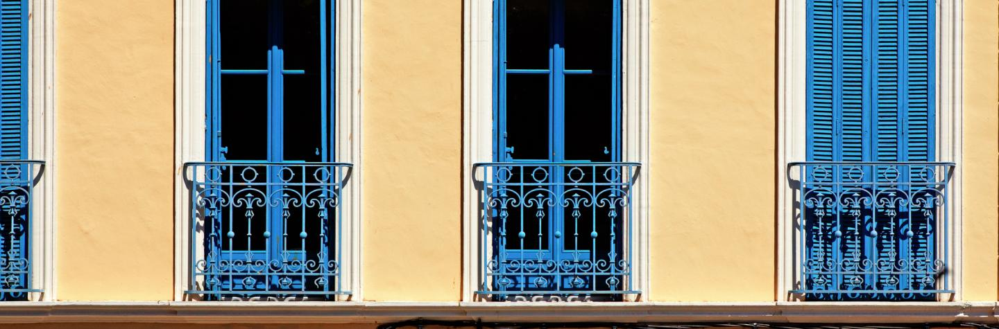 blue open and closed windows